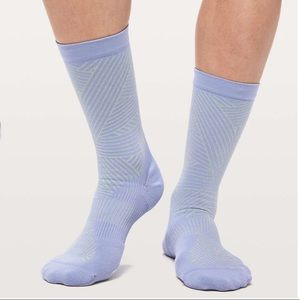 Lululemon Show Me The Distance Sock *Silver - blue
